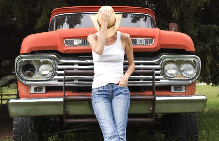 lisa_red_truck_07-06102
